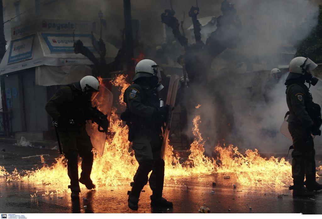 syllalitirio-syntagma-epeisodia7.jpg