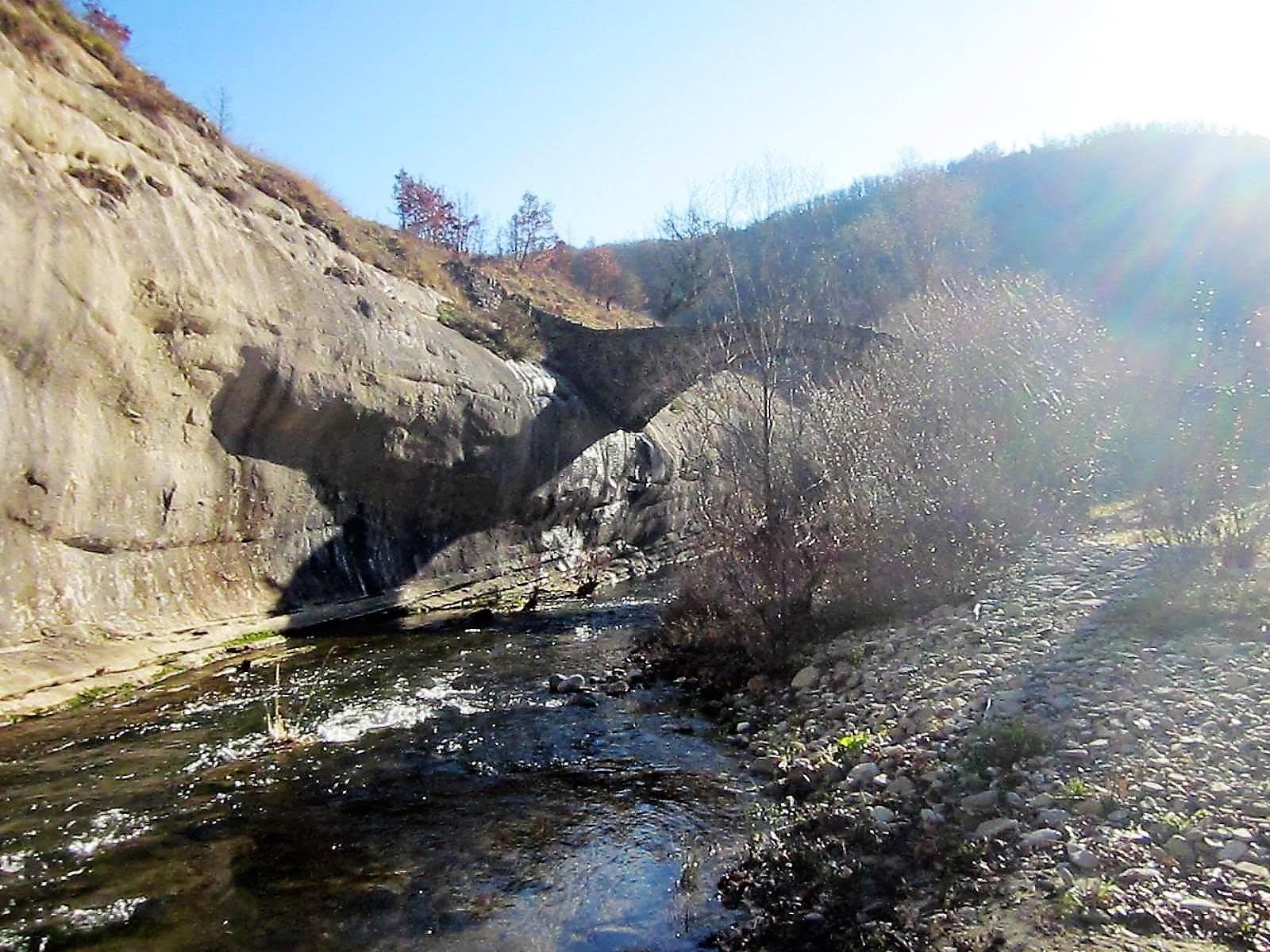 Κομψότητα, ή το γεφύρι της Σβόλιανης