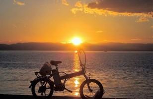 Τι να σκέφτεται ένα μοναχικό ποδήλατο;