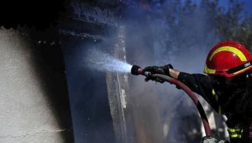 Εκτεταμένες ζημιές από πυρκαγιά σε διαμέρισμα στο κέντρο της Θεσσαλονίκης