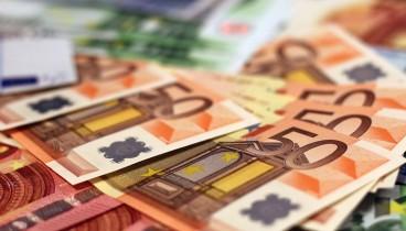 Στα 7,612 δισ. ευρώ «εκτινάχθηκε» το πρωτογενές πλεόνασμα