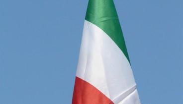 Ο Ματτέο Σαλβίνι κάλεσε τον Γάλλο ομόλογό του Κριστόφ Καστανέ να επισκεφθεί τη Ρώμη