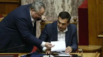 Παραιτήθηκε ο Νίκος Κοτζιάς - Ο Αλέξης Τσίπρας αναλαμβάνει το ΥΠΕΞ