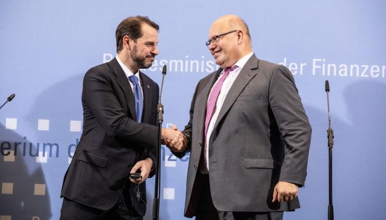 Η Τουρκία δεν ζήτησε οικονομική βοήθεια από τη Γερμανία