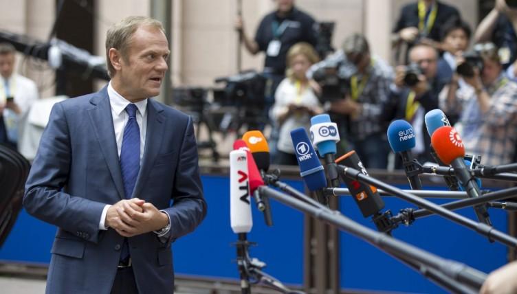 Έκτακτη Σύνοδο για το Brexit ανακοίνωσε ο Τουσκ