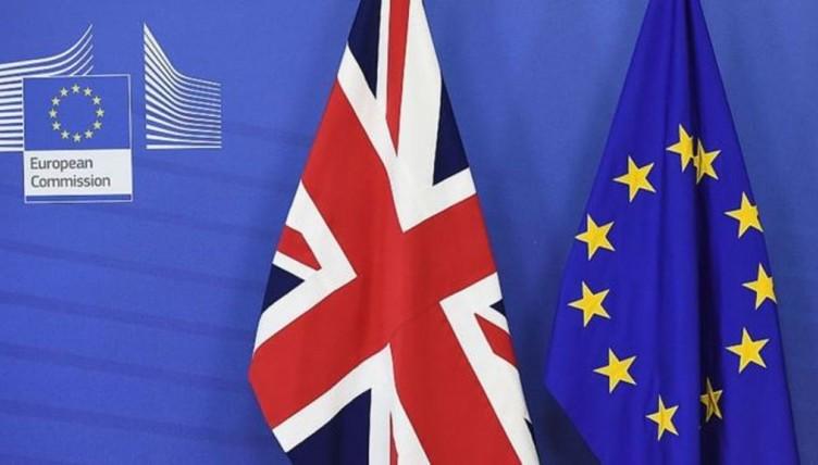 Σχέδιο συμφωνίας Λονδίνου - Βρυξελλών για το Brexit ανακοίνωσε η Ντάουνιγκ Στριτ