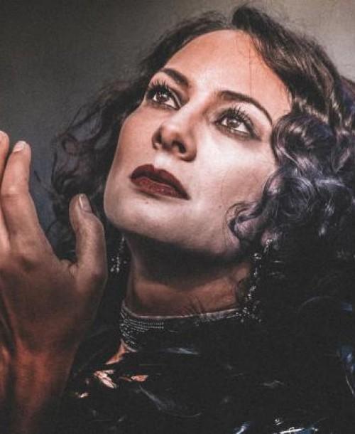 Κλειώ Δανάη Οθωναίου: Το θέατρο μπορεί να φέρει πίσω τα χαμένα συναισθήματα
