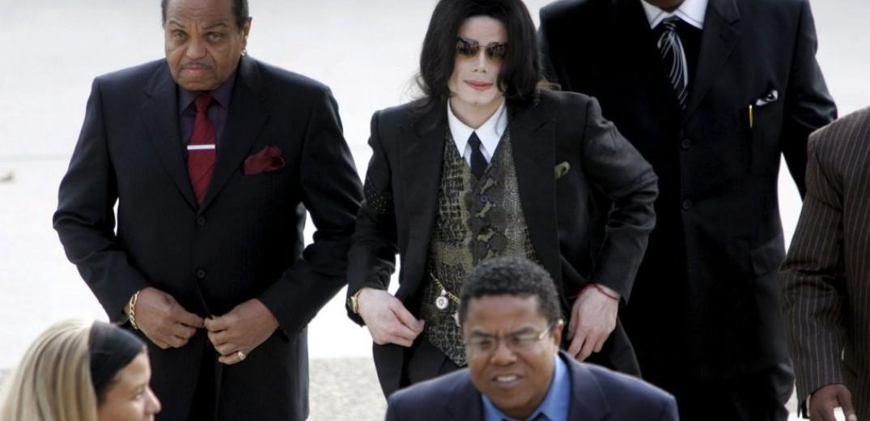 Σε ένα ντοκιμαντέρ κατηγορίες εναντίον του Μάικλ Τζάκσον