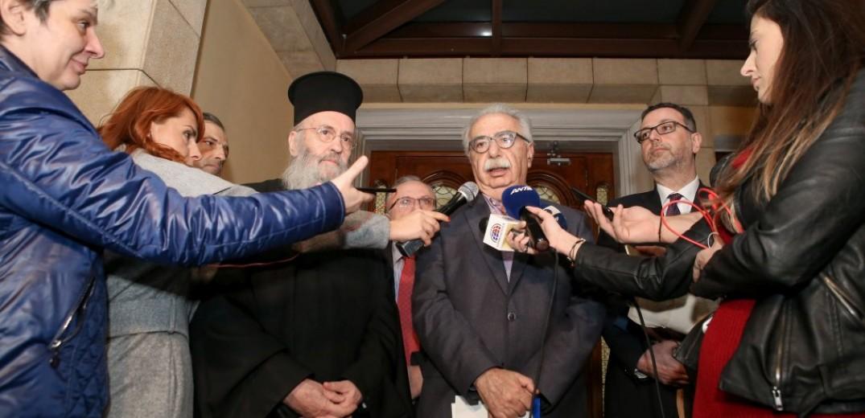 Μια… χαρούμενη ατμόσφαιρα στη συνάντηση Γαβρόγλου με την ειδική επιτροπή της Εκκλησίας