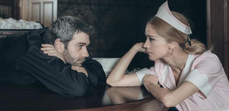 Dating μετά από απώλεια αυτοκτονίας παραδείγματα καλών γνωριμιών