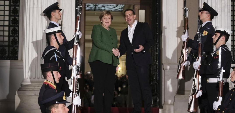 """Μέρκελ: """"Το προσφυγικό ζήτημα μας αφορά όλους, δεν μπορούμε να αφήσουμε την Ελλάδα μόνη της"""""""