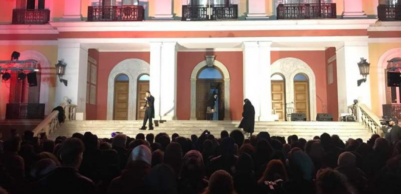 Οι Θεσσαλονικείς «ανακάλυψαν» μια… βραδιά την ιστορία του Διοικητηρίου (video)