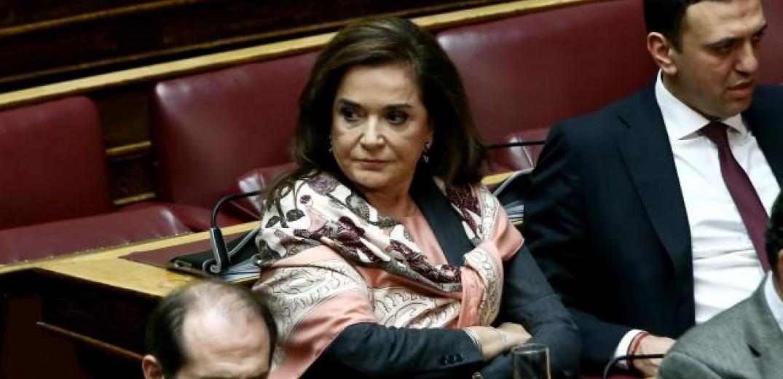 """Ντόρα Μπακογιάννη: Θα χρησιμοποιώ τον όρο """"Βόρεια Μακεδονία"""""""