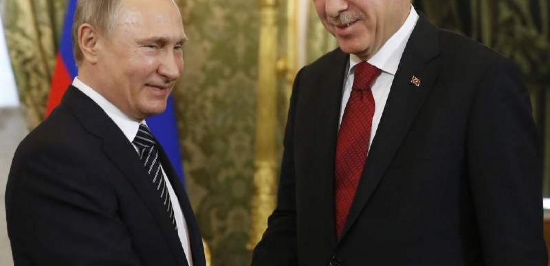 Συνάντηση Ερντογάν -Πούτιν ενόψει της αμερικανικής αποχώρησης από τη Συρία