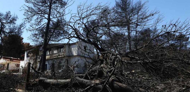 Εισαγγελική κλήση σε Δούρου, Ψινάκη και υπηρεσιακούς παράγοντες για τη φωτιά στο Μάτι