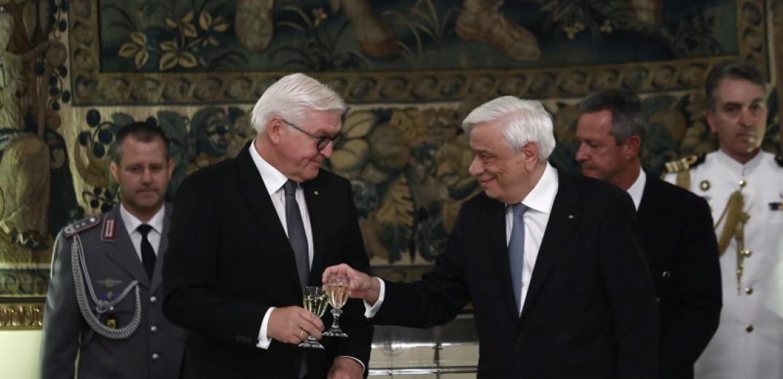 Η αγάπη για την Ελλάδα και οι γερμανικές αποζημιώσεις στο δείπνο Παυλόπουλου-Σταϊνμάγερ