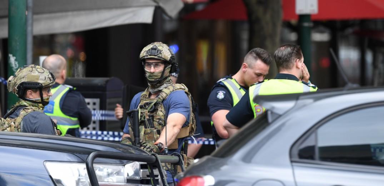 Επίθεση με μαχαίρι στους δρόμους της Μελβούρνης