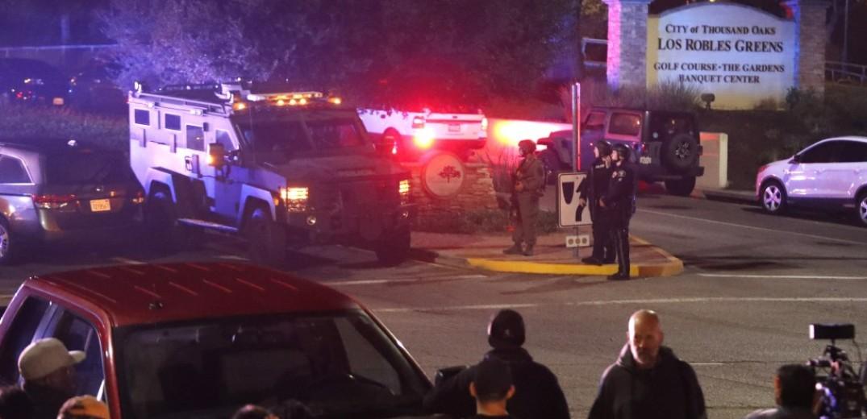 ΗΠΑ: 12 νεκροί από πυροβολισμούς σε μπαρ στην Καλιφόρνια