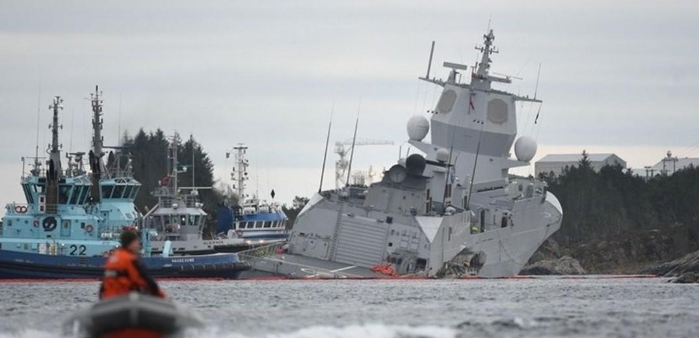 Καλά στην υγεία τους οι 23 -μεταξύ των οποίων τρεις Έλληνες- του πληρώματος του δεξαμενόπλοιου που συγκρούστηκε με φρεγάτα