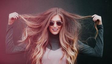 Πως θα κάνεις τα μαλλιά σου να λάμπουν;