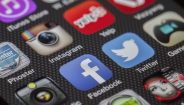 Το Facebook αφαίρεσε 8,7 εκατομμύρια φωτογραφίες παιδικού γυμνού!