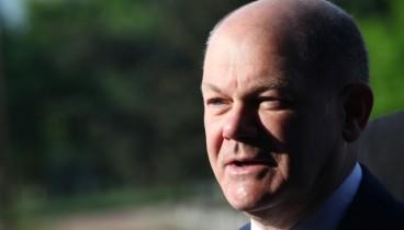 Η Ιταλία δεν θα χρειαστεί «πακέτο διάσωσης», δήλωσε ο Σολτς