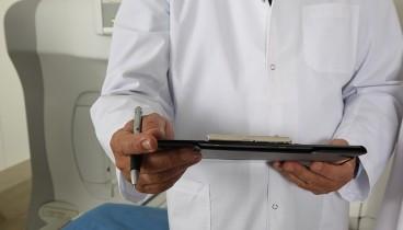 Ενώσεις γενικών γιατρών: Ελευθερία επιλογής οικογενειακού γιατρού και οικονομικά κίνητρα για συμβάσεις με ΕΟΠΥΥ