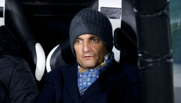 Το σκουφί του Λουτσέσκου έγινε viral και πωλείται από την μπουτίκ του ΠΑΟΚ