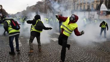 Κίτρινα γιλέκα: Η αριστερά απέρριψε τις εξαγγελίες Μακρόν
