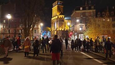 Δυο νεκροί και 13 τραυματίες σε πυροβολισμούς στο Στρασβούργο - Ο Νίκος Ανδρουλάκης εγκλωβισμένος σε εστιατόριο