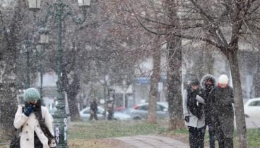 Βροχές, καταιγίδες και χιόνια μέχρι και την Τρίτη