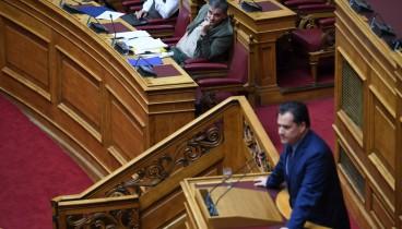 """Αδ. Γεωργιάδης: Η θριαμβολογία για τα πλεονάσματα αποτυπώνει την """"στραγγαλισμένη"""" οικονομία"""