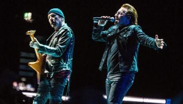 Οι U2 κοντά στους άστεγους