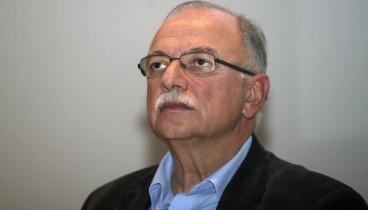 Δ. Παπαδημούλης: «Καλά νέα» η καταγγελία των Ευρω-Πρασίνων εναντίον του Βέμπερ