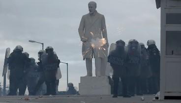 ΕΛΑΣ: Οργανωμένες ομάδες προκάλεσαν τα επεισόδια στο συλλαλητήριο