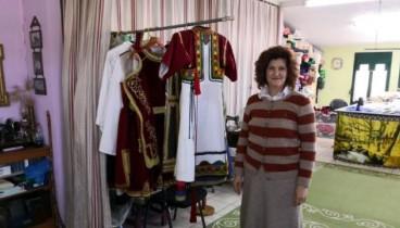 Παραδοσιακές στολές από τα Τρίκαλα… ταξιδεύουν σε όλο τον κόσμο
