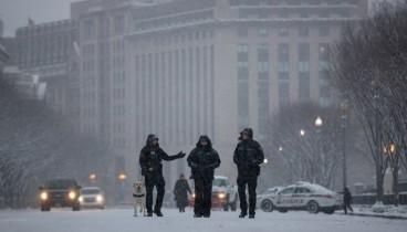 Χιονοθύελλα σαρώνει τις ΗΠΑ