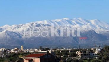 """Στα """"λευκά"""" η Κρήτη (φωτογραφίες)"""
