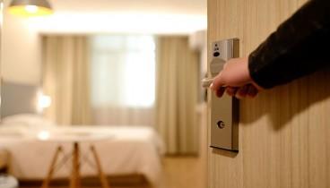 «Διόρθωση» της τουριστικής κίνησης προβλέπουν για φέτος οι ξενοδόχοι μετά από άνοδο επτά ετών