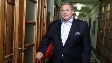 Καμμένος για ανασχηματισμό: Βουλευτές-leasing στην υπουργική καρέκλα έναντι τυφλής ψήφου