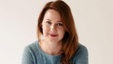 Η Χάνα Κεντ στο makthes.gr: «Ερευνώ με διεξοδικότητα το θέμα που διαπραγματεύομαι κάθε φορά»