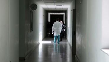 Προφυλακιστέα γιατρός για διακίνηση ναρκωτικών σκευασμάτων