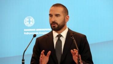 Επιμένει ο Τζανακόπουλος: Είμαστε κοντά στη μη περικοπή των συντάξεων