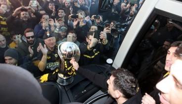 """Μπάσκετ: Αποθέωση για την """"παγκόσμια"""" ΑΕΚ"""