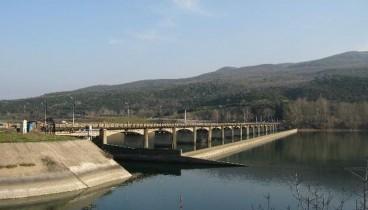 Κλείνουν αύριο και μεθαύριο την ΕΟ Θεσσαλονίκης-Αθήνας για να ελέγξουν τη γέφυρα του Αλιάκμονα