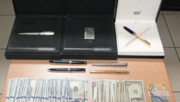 Συνελήφθη 55χρονος με συλλογή ακριβών ρολογιών, χρυσό και λίρες (φωτογραφίες)
