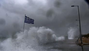 """Ριπές ανέμων άνω των 140 χιλιομέτρων την ώρα έφερε η """"Ωκεανίς"""""""