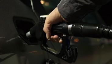 Φοροδιαφυγή και λαθρεμπόριο σε 1 στα 3 πρατήρια υγρών καυσίμων που ελέγχθηκαν