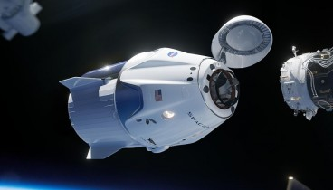 """Στον διεθνή διαστημικό σταθμό προσδέθηκε η """"Dragon"""""""