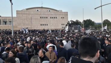 Κλειστοί δρόμοι στο κέντρο της Θεσσαλονίκης -Ξέφρενο γλέντι για τον ΠΑΟΚ